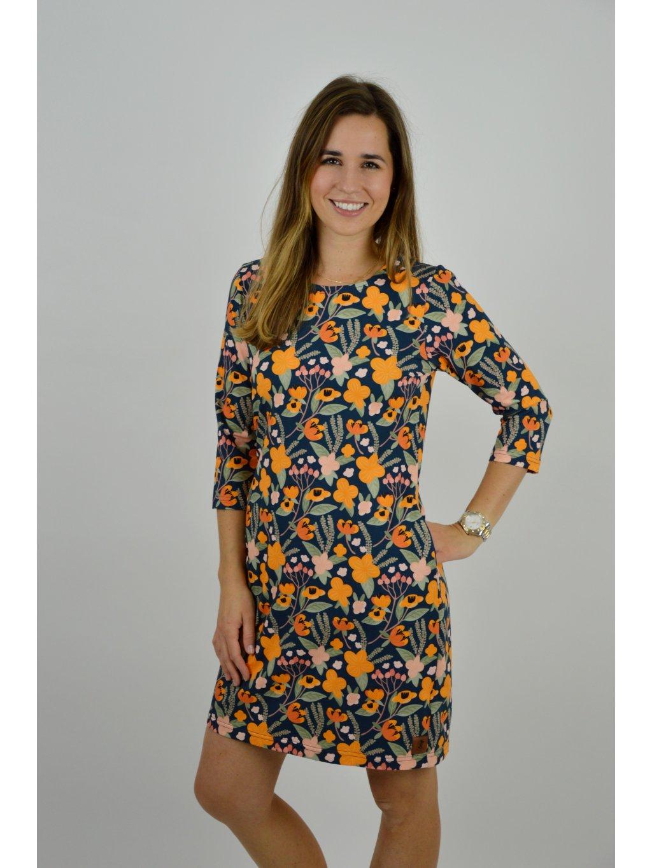 Šaty TRINITI VZOR Oranžové květy