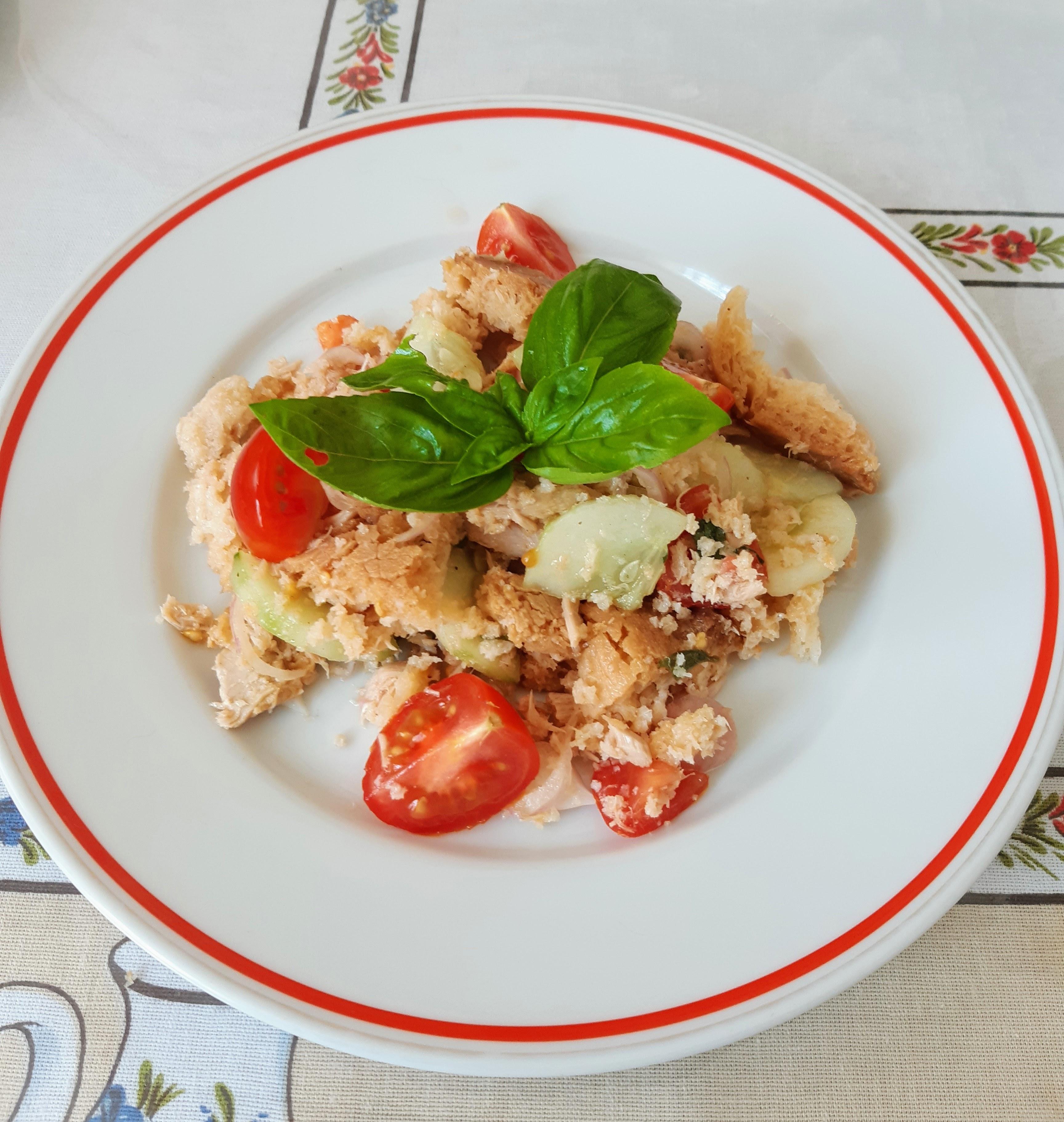Panzanella - oběd do parných dnů