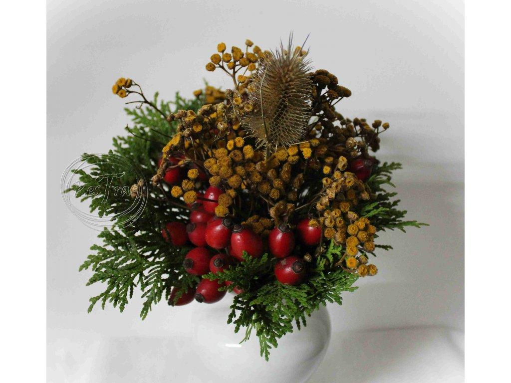 Jesenná kytička s bodliakom