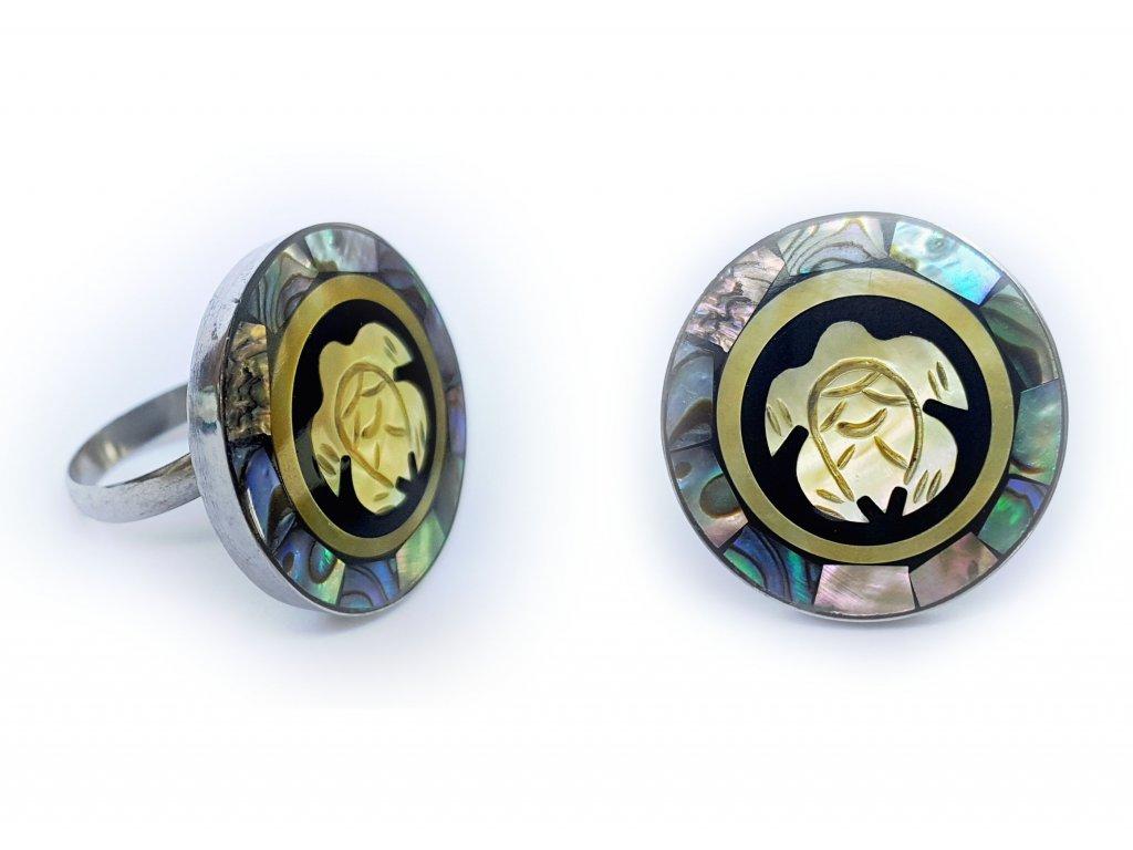 Prsten s perleťovou želvičkou