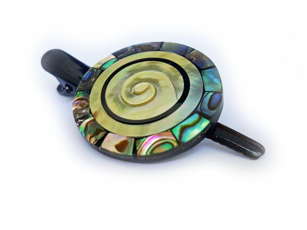 Pinetka mušle s černým kruhem a perleťovým lemováním