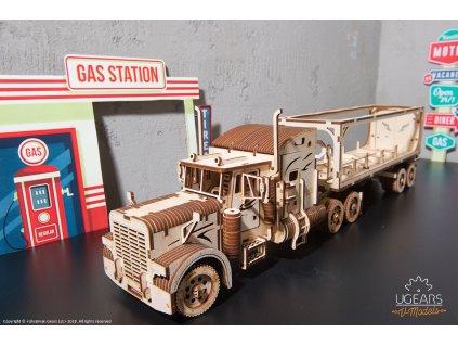 Ugears Heavy Boy Truck VM 03 Trailer model DSC8756