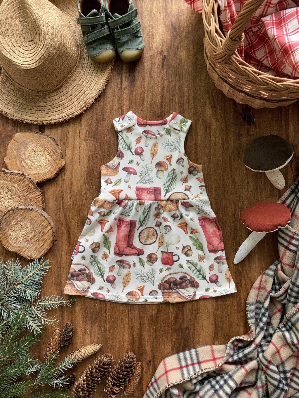 Organické dětské šaty na traky Houbař