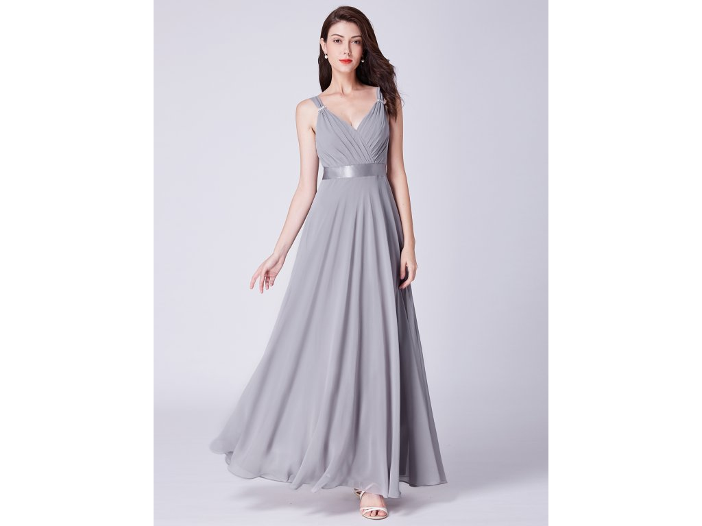 dea7d87dda7 Dámské elegantní plesové šaty Ever Pretty šedé 7502 - trendy-obleceni.cz