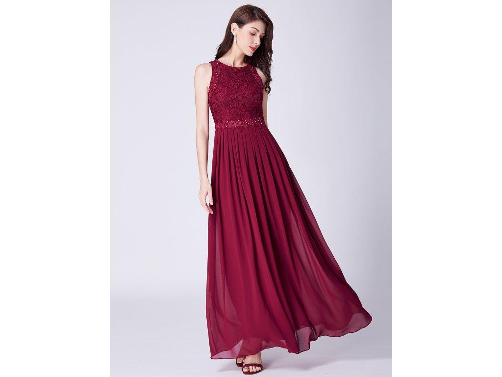 Dlouhé bordo šaty s krajkou