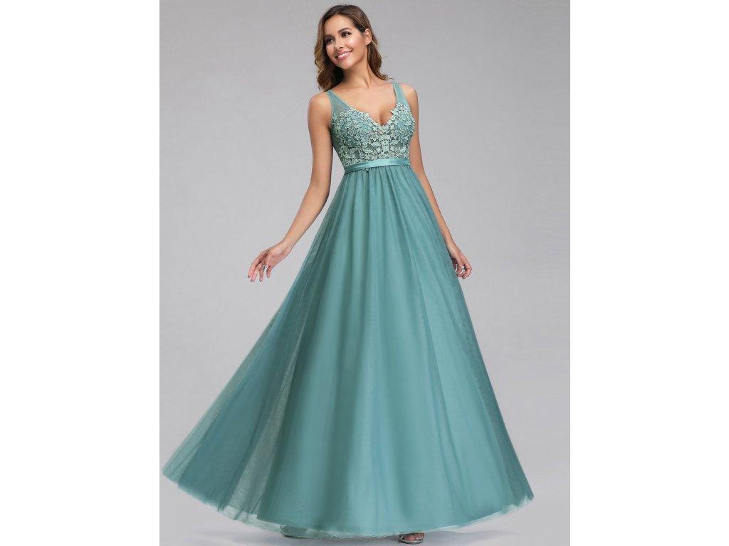 Dlouhé šaty s krajkou a tylovou sukní