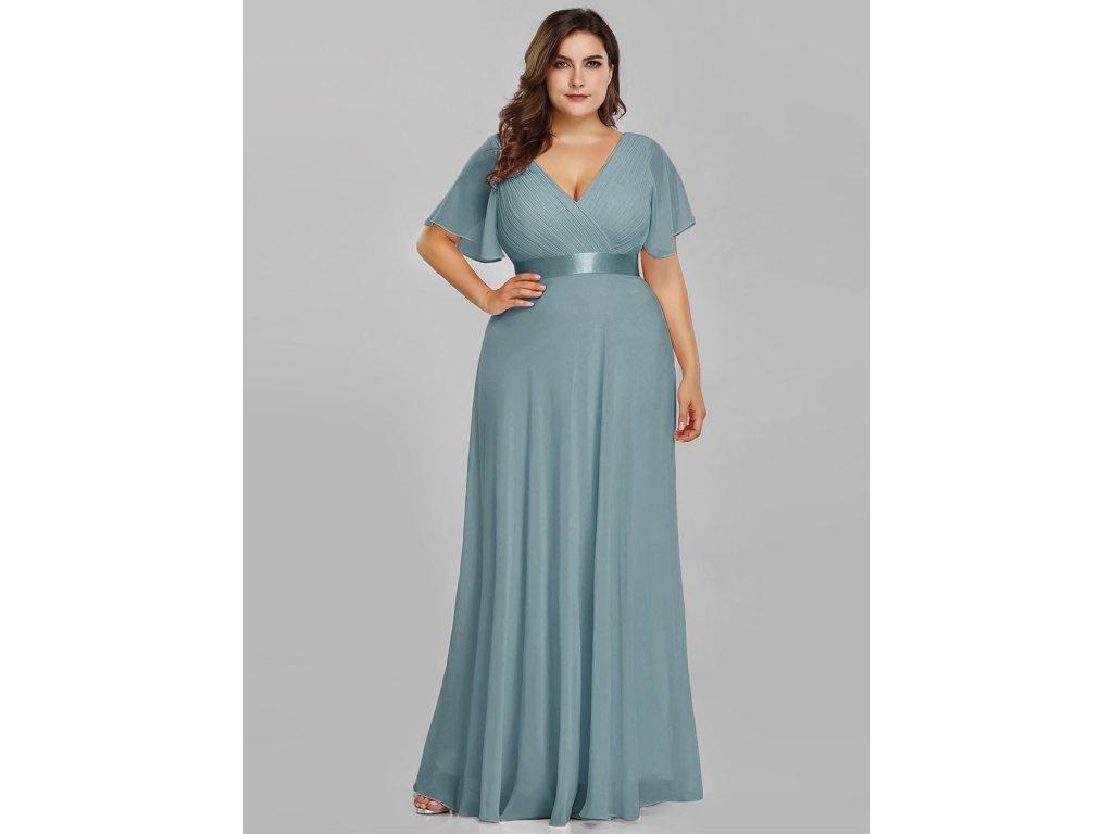 Dlouhé pastelové modré šaty