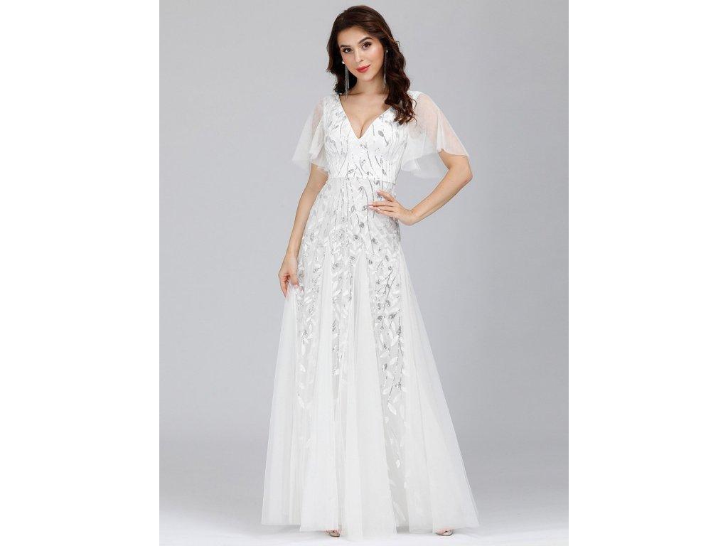 Bílé svatební šaty s rukávy
