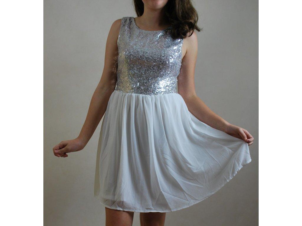 A Společenské šaty s flitry do tanečních