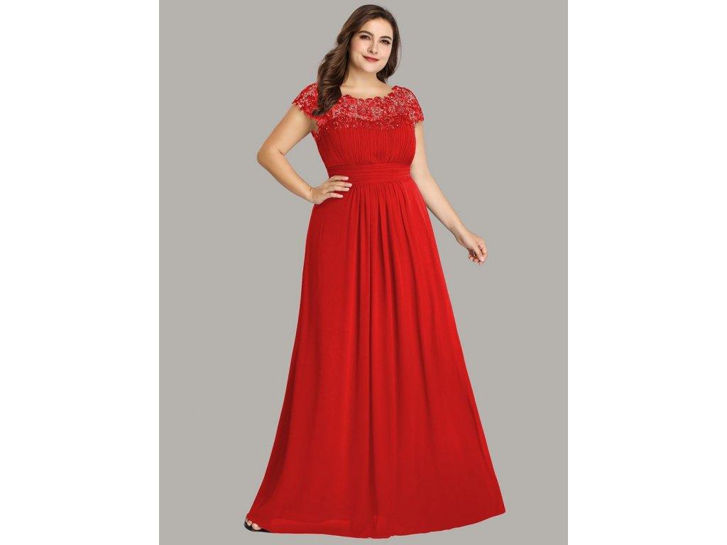 Dlouhé červené šaty s krajkou a rukávkem