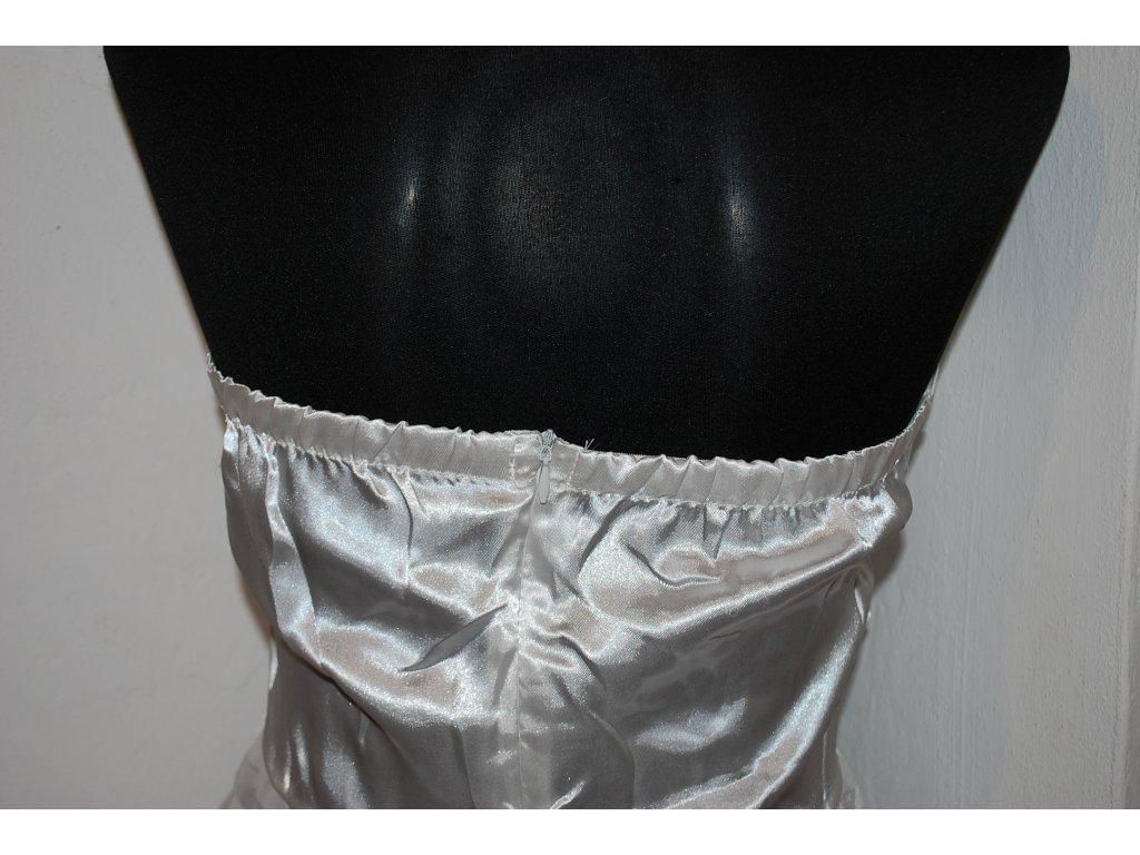 A Krátké bílé šaty s mašlí 0522 - trendy-obleceni.cz 4af7cd0bfc