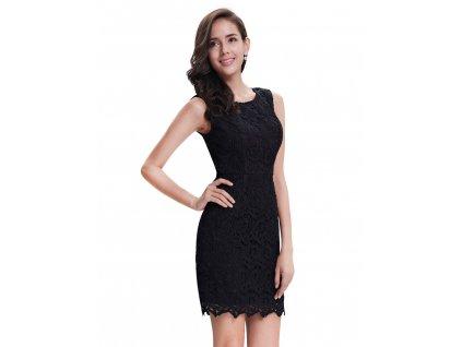 Krátké černé pouzdrové krajkové šaty
