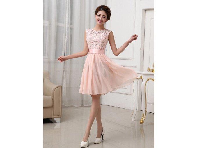 Plesové šaty krátké s krajkou jemně meruňkové