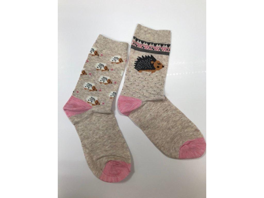 Dizajnové ponožky Ježkovia