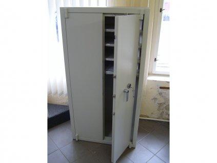 Trezorová skříň TS 900