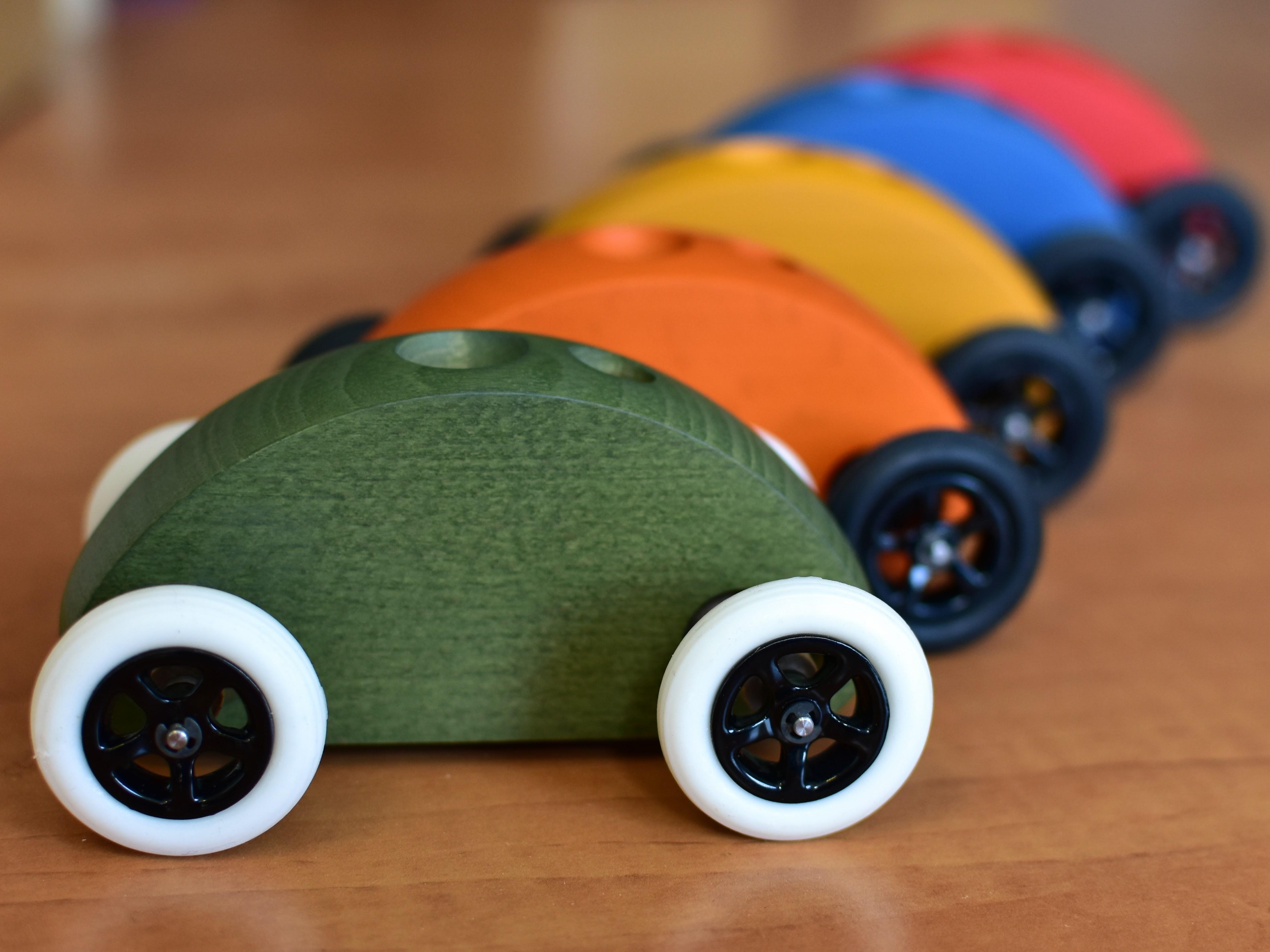 Fingercar barevné autíčko