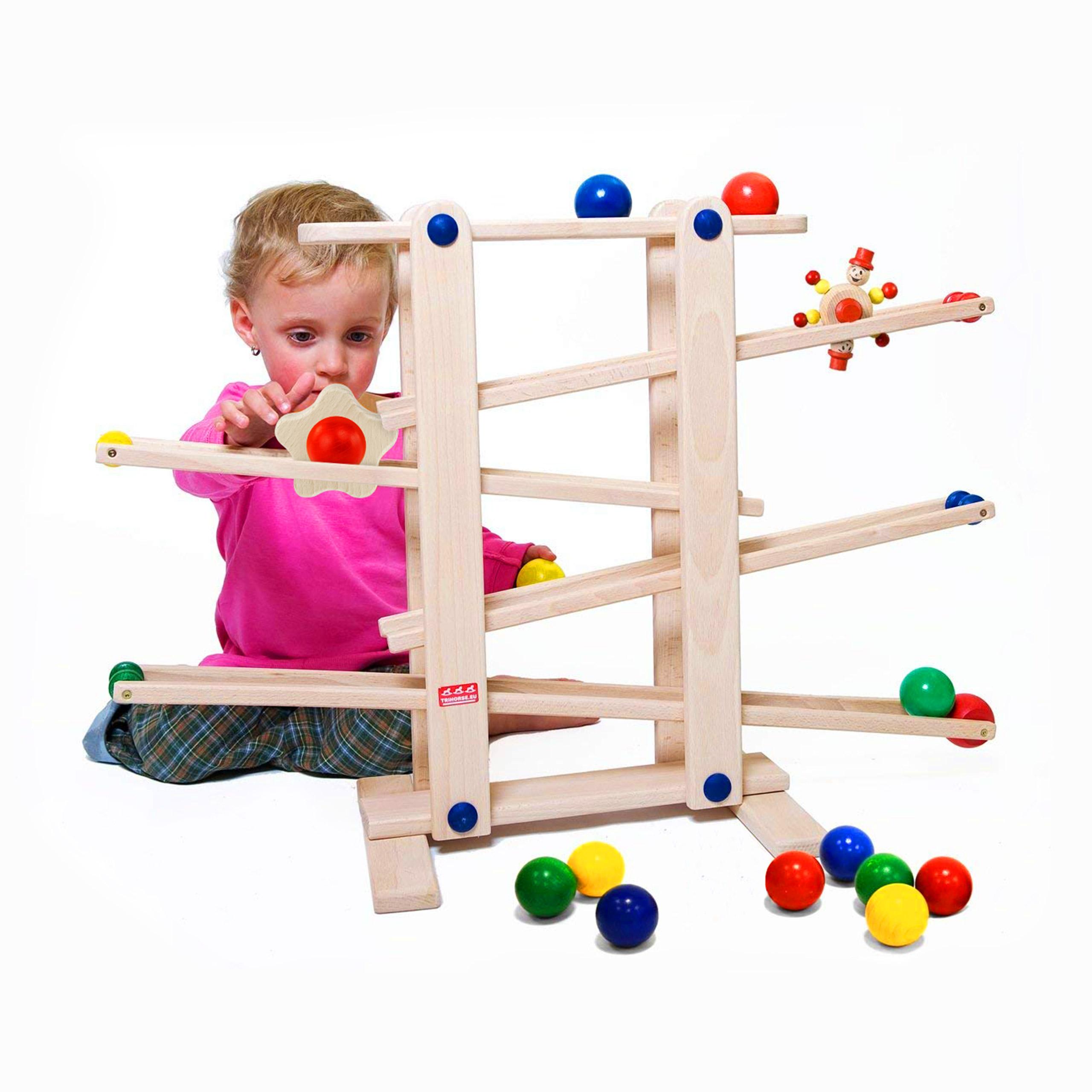 dřevěná kuličková dráha