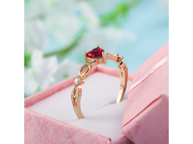 huitan simple heart ring for women femal main 1