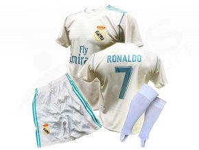 fotbalovy komplet real madrid cristiano ronaldo 17 18 stulpny