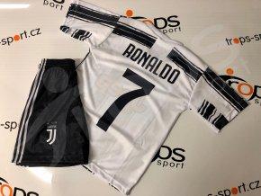 fotbalovy komplet juventus turin cristiano ronaldo