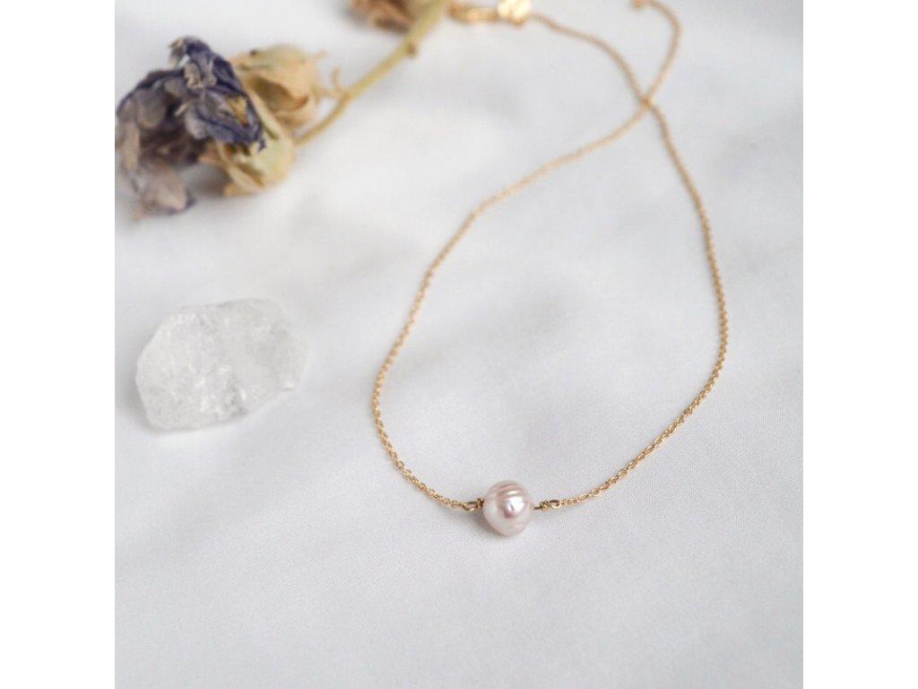 Zlatý řetízek s perlou