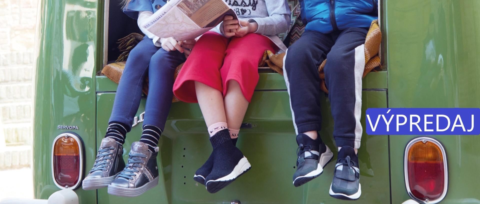 Detské topánky v akcii
