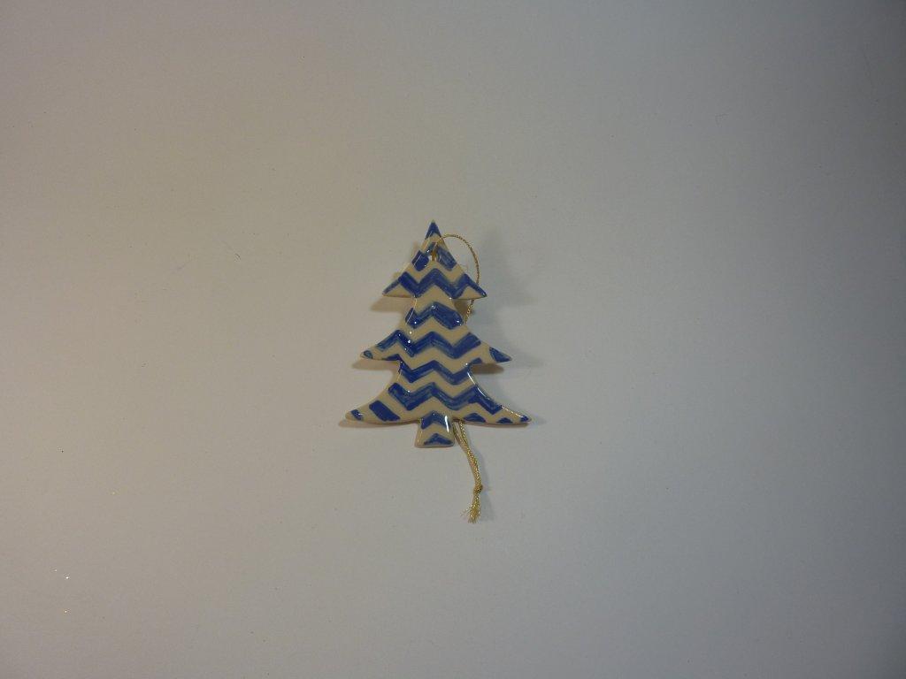 Stromek s dekorem modrý (může být i jiný, jen aby měl modrý dekor)