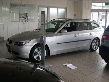 Boční ochranné lišty dveří BMW 5 Touring 03-09R
