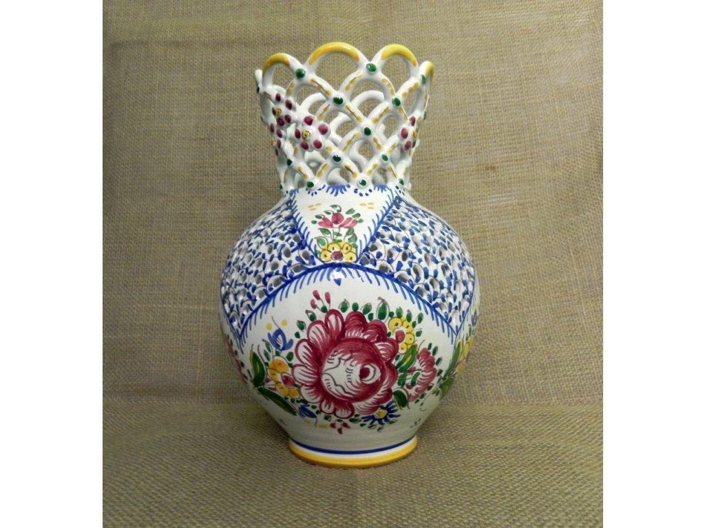 Váza s pěti krajkami