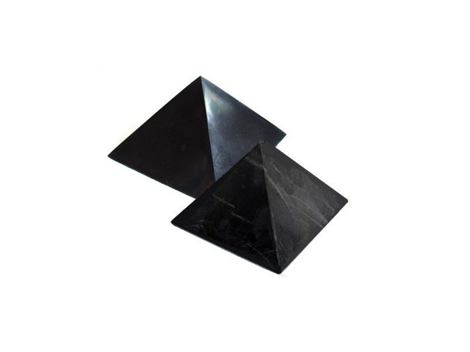 Pyramida ze šungitu 9 cm Leštěná