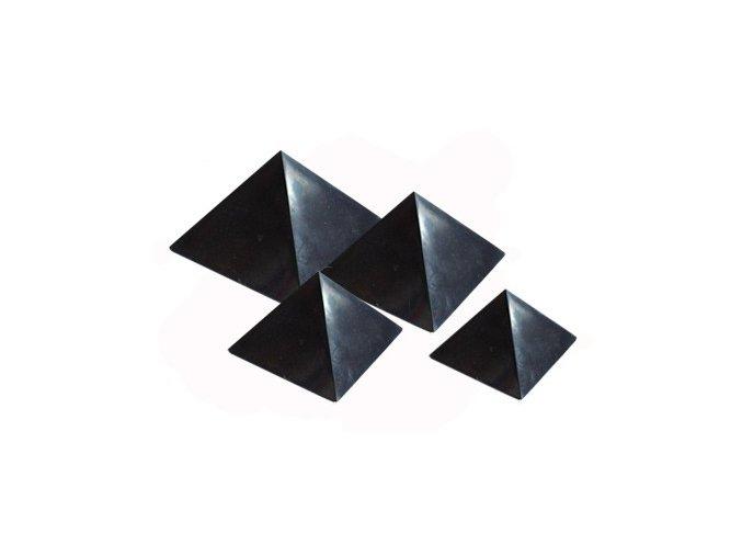 Pyramida ze šungitu 4 cm Leštěná