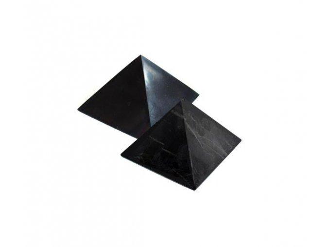 Pyramida ze šungitu 3 cm Leštěná