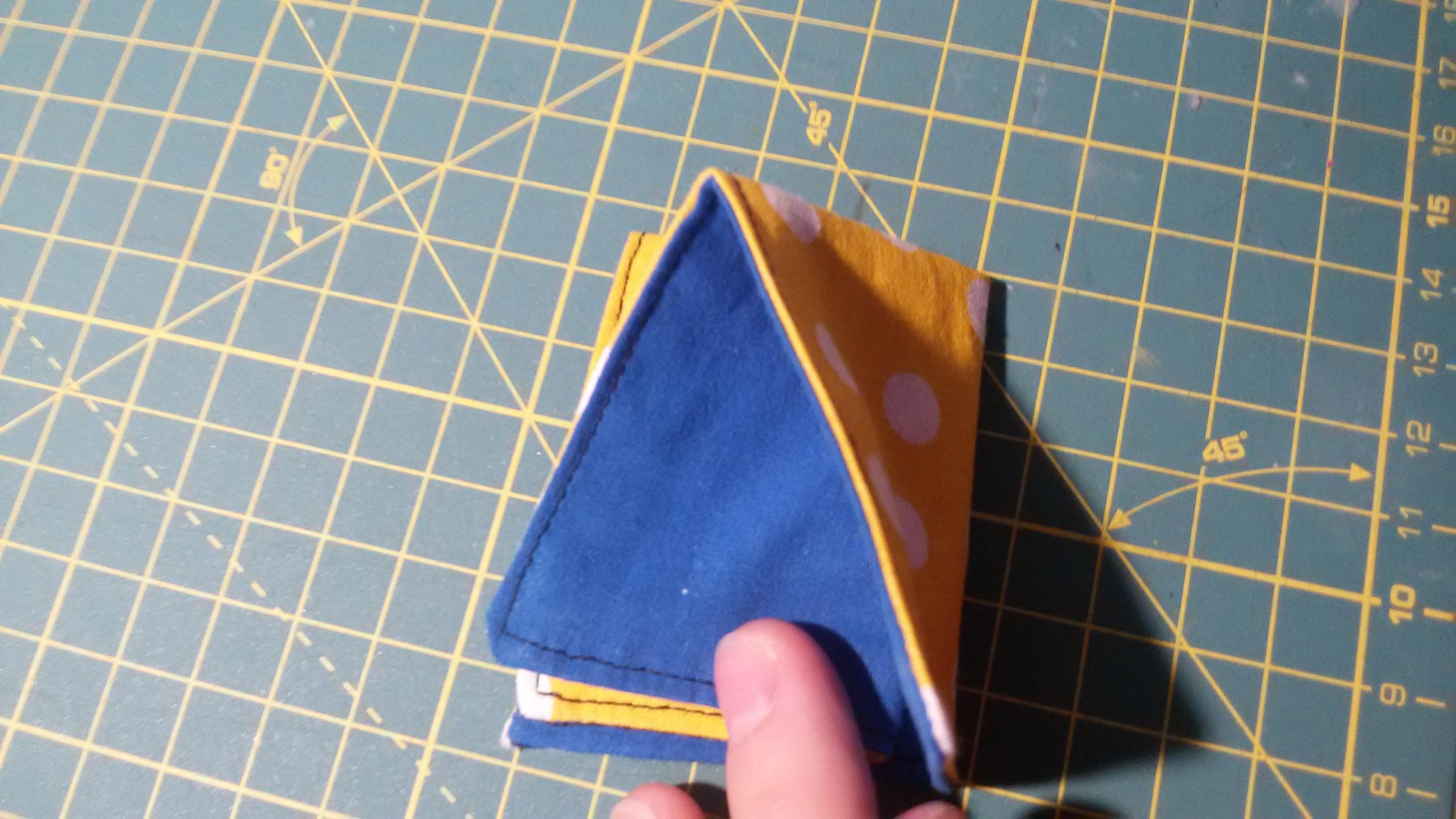 Origami-latkovy-motyl-ze-zbytku11