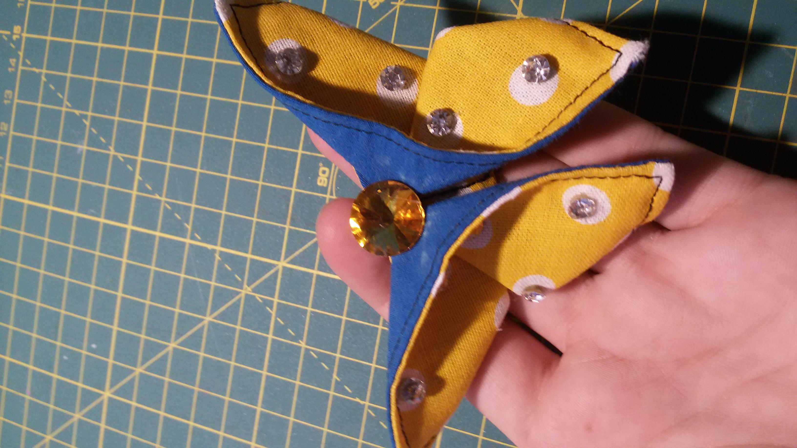 Origami-latkovy-motyl-ze-zbytku23