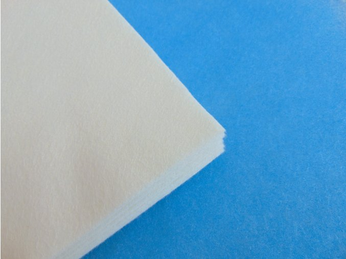 Filc 1mm 20x30cm bílý