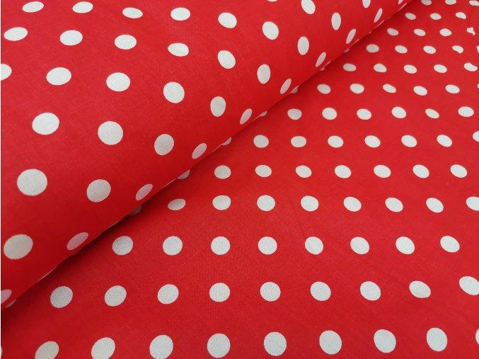 bíly puntik na cervene