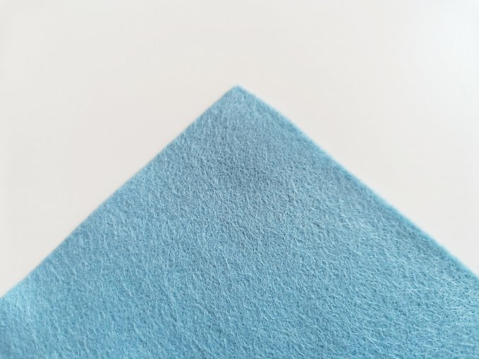 Filc 1mm 20x30cm světle modrý
