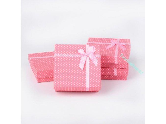 Dárková krabička růžová s puntíky