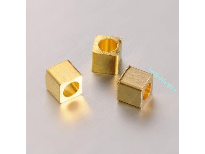 Korálek kostička zlatá