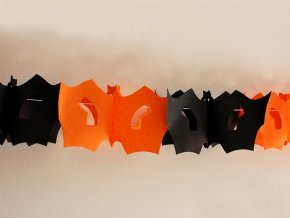 Halloweenská girlanda - dýně, netopýr