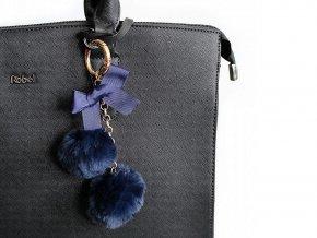 Kožešinový přívěsek na kabelku / klíče