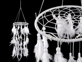 Lapač snů prostorový kolotoč s korálky a peřím
