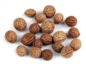 Dekorace ořechy