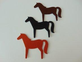 Výsek z filcu kůň černý