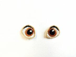 Vyšívané oči na panenku 1,5 cm hnědé