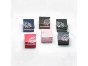 Dárková krabička na prsten s ornamentem růžová
