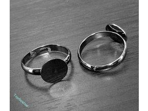 Základ prstenu černý