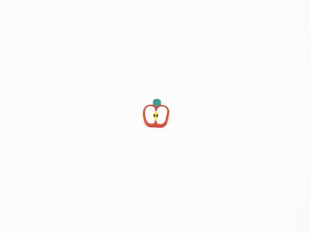 Aplikace fimo jablko (š1.5 x v1.8cm) 5Kč