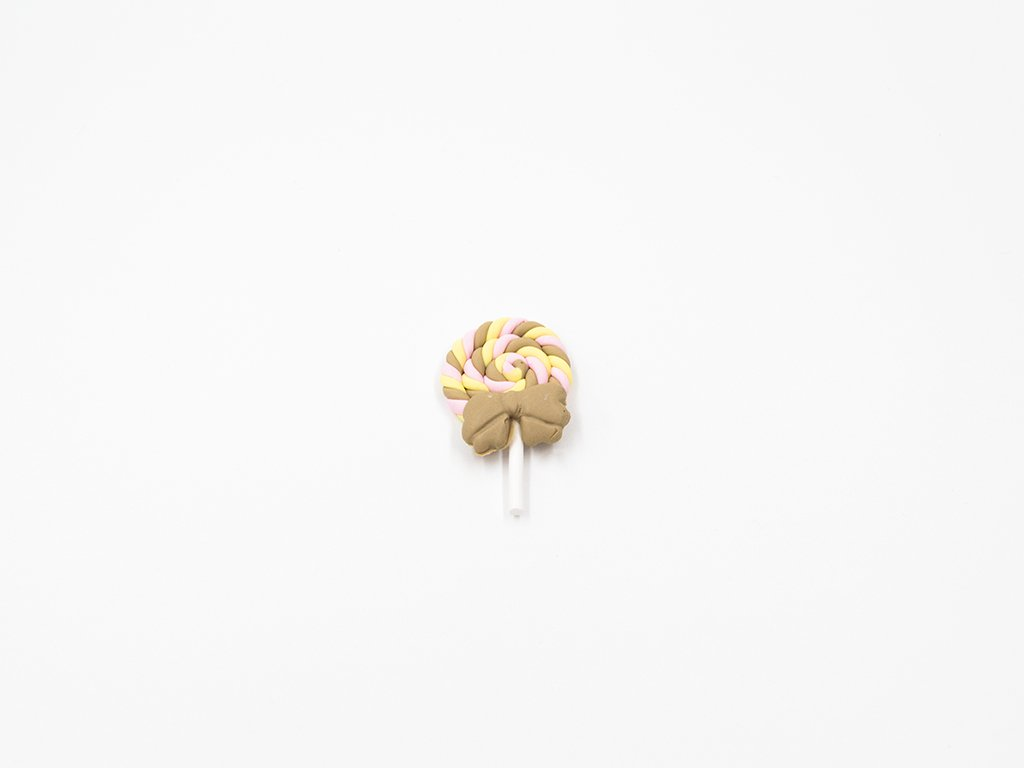 Aplikace lízátko fimo cappucinno velké (š2.8 x v4.3cm) 25Kč