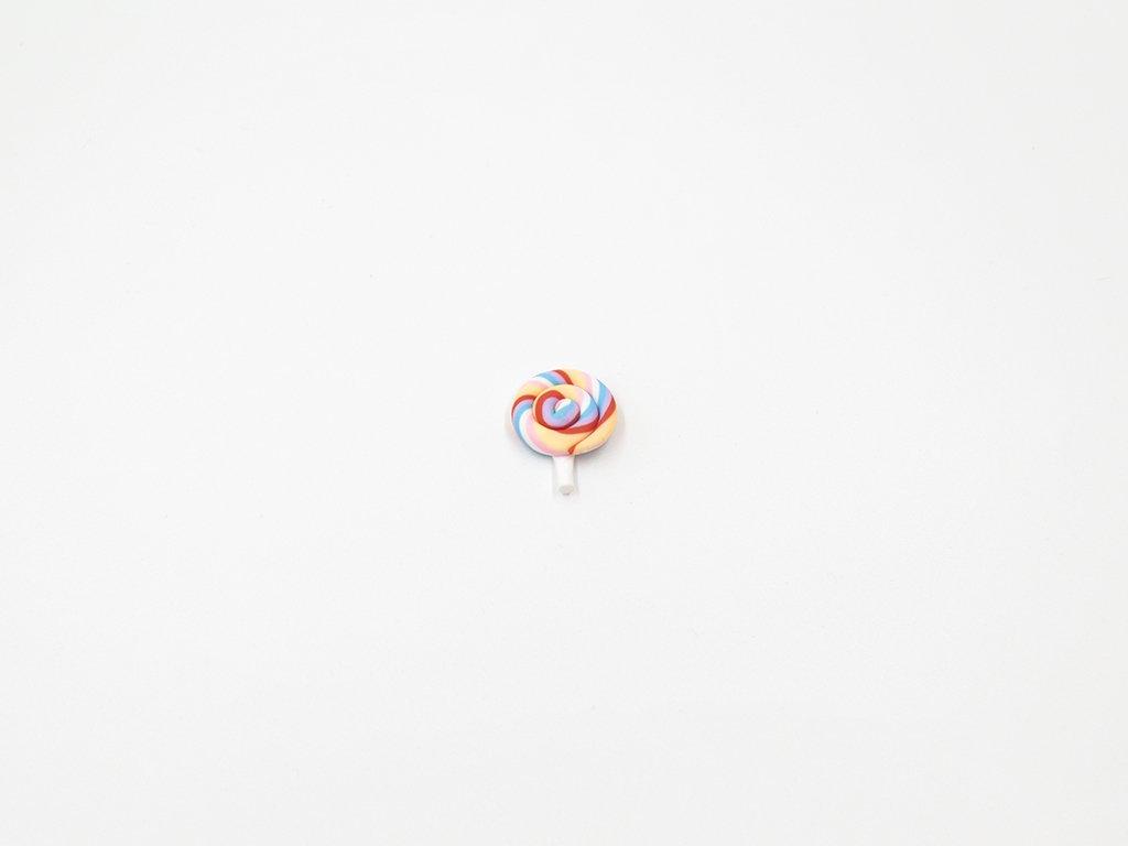 Aplikace lízátko fimo duhové 3 (š2.1 x v2.6cm) 20Kč